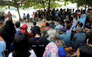Minister of Marine Affairs & Fisheries Committed to Struggle Legality Pari Island